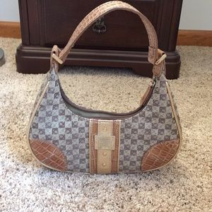 Brown Liz Claiborne purse w/ gold hardware; EUC